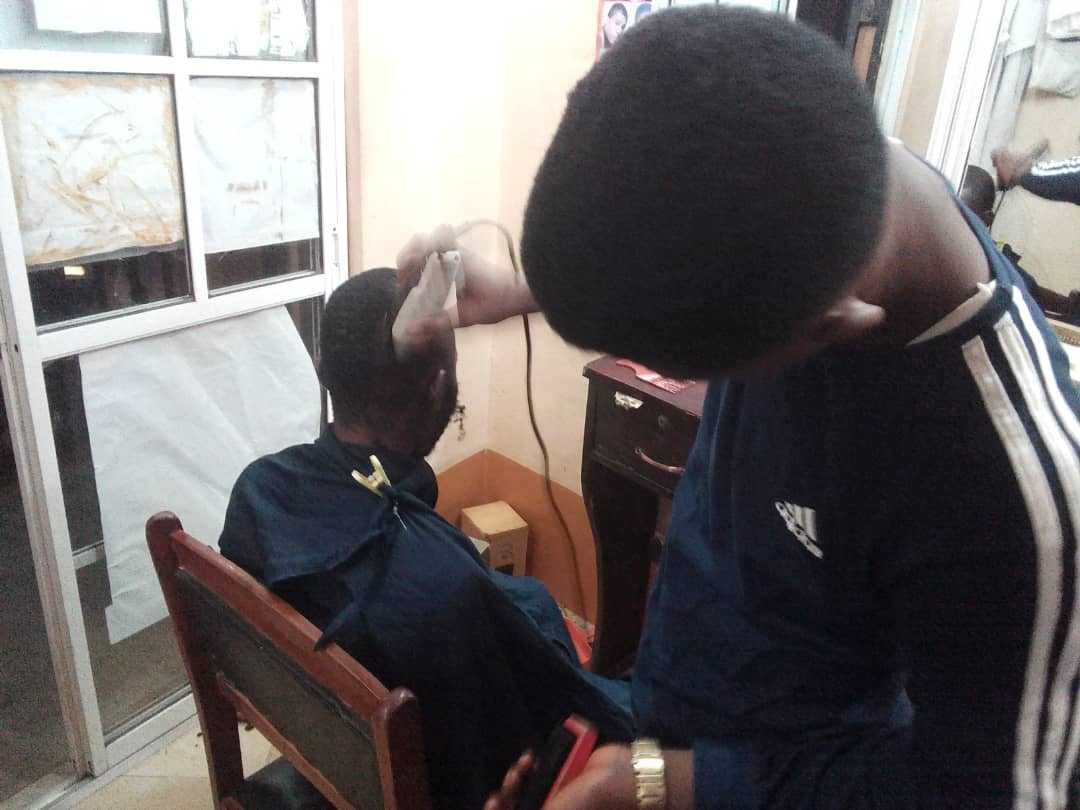Photo of How to Start a barbershop (barbing salon) in Nigeria: [Things you need to know]